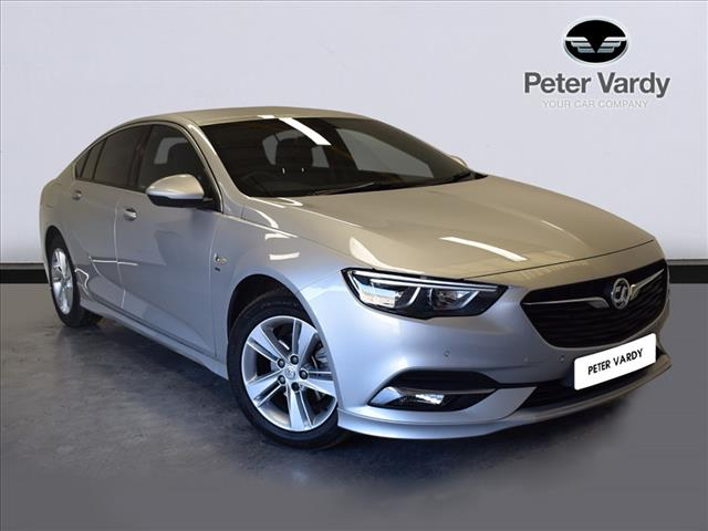 The Insignia Sel Grand Sport Online At Peter Vardy
