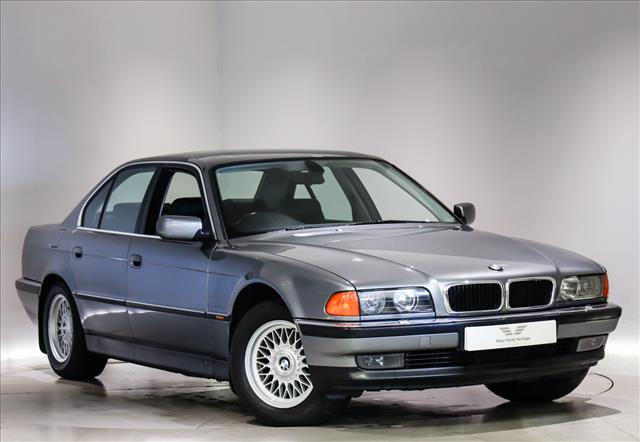 View the 1996 BMW 7 SERIES: 740i V8 4dr Auto Online at Peter Vardy