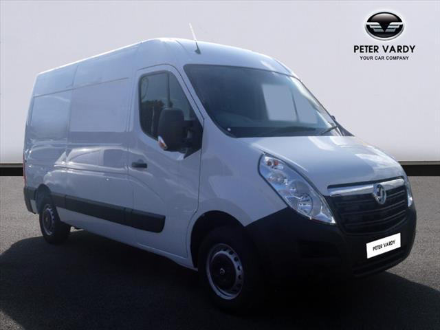 Buy the MOVANO 3300 L2 DIESEL FWD Online at Peter Vardy