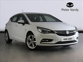 View the 2018 VAUXHALL ASTRA HATCHBACK: 1.6T 16V 200 SRi 5dr Online at Peter Vardy