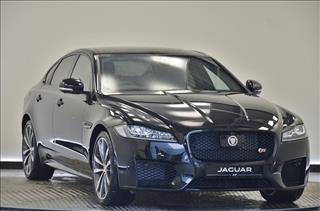 View the 2016 JAGUAR XF DIESEL SALOON: 3.0d V6 S 4dr Auto Online at Peter Vardy