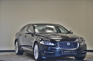 View the 2014 JAGUAR XJ DIESEL SALOON: 3.0d V6 Portfolio 4dr Auto [8] Online at Peter Vardy