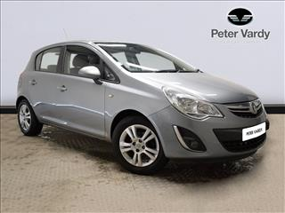 View the 2011 VAUXHALL CORSA HATCHBACK: 1.2i 16V [85] Exclusiv 5dr [AC] Online at Peter Vardy