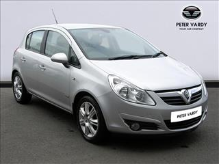 View the 2008 VAUXHALL CORSA HATCHBACK: 1.4i 16V Design 5dr Online at Peter Vardy