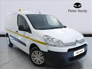 View the 2015 CITROEN BERLINGO L1 DIESEL: 1.6 HDi 850Kg Enterprise 90ps Online at Peter Vardy