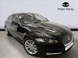 View the 2013 JAGUAR XF DIESEL SALOON: 2.2d [200] Luxury 4dr Auto Online at Peter Vardy