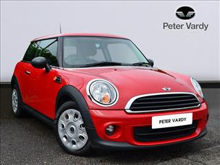 View the 2011 MINI HATCHBACK: 1.6 One 3dr Online at Peter Vardy
