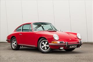 View the Porsche 911: S Coupe Online at Peter Vardy