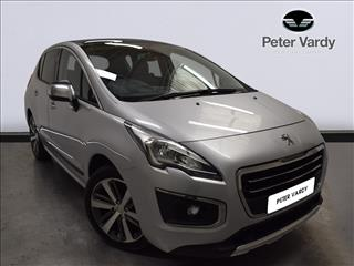 View the 2018 PEUGEOT 3008 DIESEL ESTATE: 1.6 BlueHDi 120 Allure 5dr Online at Peter Vardy