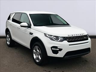 View the 2017 LAND ROVER DISCOVERY SPORT DIESEL SW: 2.0 TD4 SE 5dr [5 seat] Online at Peter Vardy