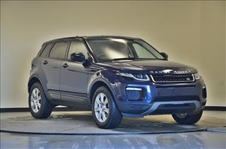 View the 2017 LAND ROVER RANGE ROVER EVOQUE DIESEL HATCHBACK: 2.0 TD4 SE Tech 5dr Auto Online at Peter Vardy
