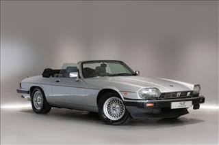 View the 1989 JAGUAR XJS V12: CONVERTIBLE AUTO Online at Peter Vardy