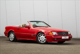 View the 1991 Mercedes-Benz 300SL-24 Convertible: Automatic Online at Peter Vardy