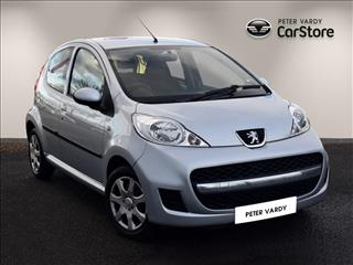 View the 2011 PEUGEOT 107 HATCHBACK: 1.0 Urban 5dr Online at Peter Vardy