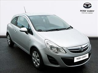 View the 2010 VAUXHALL CORSA HATCHBACK: 1.2i 16V [85] Exclusiv 3dr [AC] Online at Peter Vardy