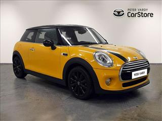View the 2014 MINI HATCHBACK: 1.5 Cooper 3dr Online at Peter Vardy