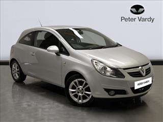 View the 2009 VAUXHALL CORSA HATCHBACK: 1.2i 16V SXi 3dr Online at Peter Vardy