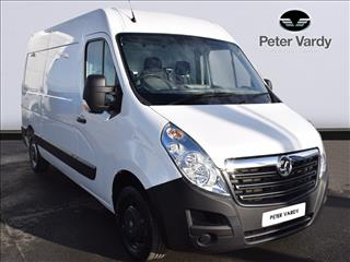 View the 2019 VAUXHALL MOVANO 35 L3 DIESEL FWD: 2.3 CDTI H2 Van 130ps Online at Peter Vardy