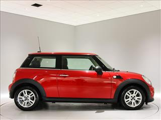 View the 2012 MINI HATCHBACK: 1.6 One 3dr Online at Peter Vardy