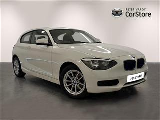 View the 2014 BMW 1 SERIES DIESEL HATCHBACK: 118d SE 3dr Online at Peter Vardy